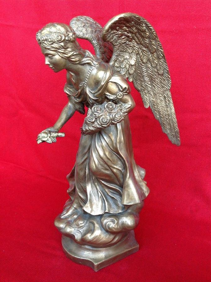 'L'Angelo delle Rose' - BronzoSculptor Modeler | Alessandro Maggioni #artpeople